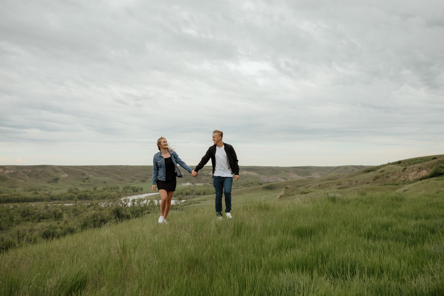 Surprise Proposal in the Coulees of Lethbridge Alberta